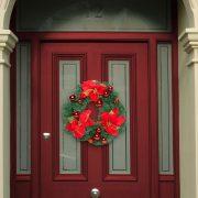 Karácsonyi koszorú piros színű 40 cm