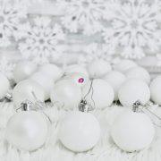 Gömb dobozban műanyag 5cm fehér 3 féle S/18 18db-os kiszerelés