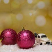 Gömbdísz jeges hatású, műanyag 8cm piros 6 db-os Karácsonyfa gömb