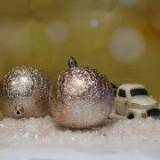 Gömbdísz jeges hatású, műanyag 8cm barack 6 db-os Karácsonyfa gömb
