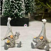 Törpe csillaggal/haranggal ülő poly 4,5x4x6 szürke 2 féle karácsonyi figura