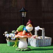 Prémium Kerti figura Törpe Gombán napelemes LED Lámpásssal 41 cm DECOnline