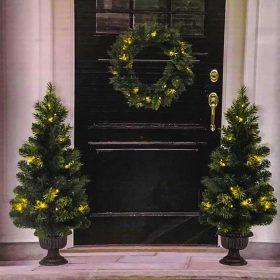 Karácsonyi dísz ajtóra