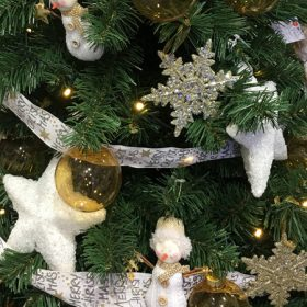 Csillag alakú karácsonyfadísz