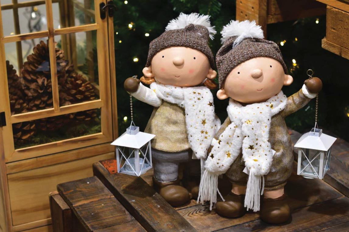 Karácsonyi dekoráció kültéri figura