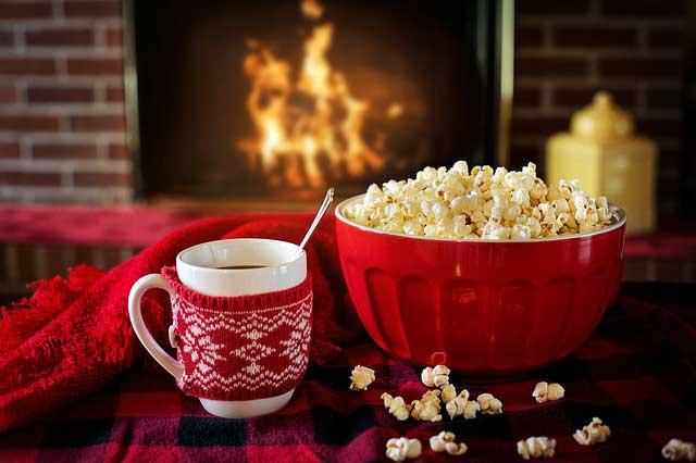 kandalló karácsonyi dekoráció