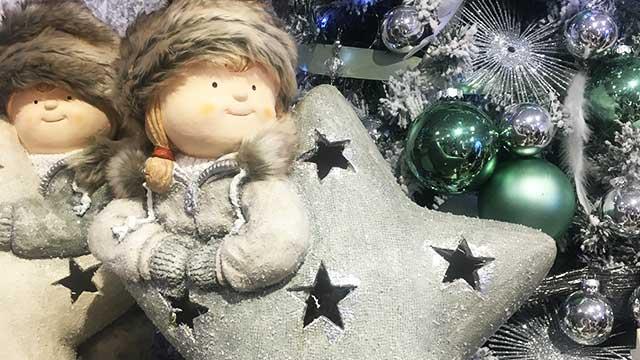Karácsonyi figurás dekoráció