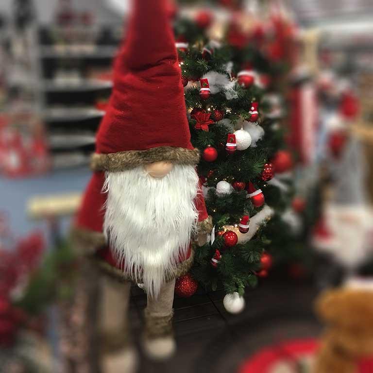 Karácsonyi figura - álló manó