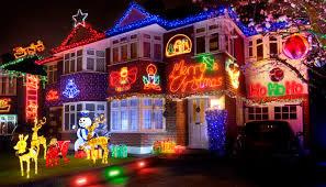 10 megdöbbentő és vicces karácsonyi világítás