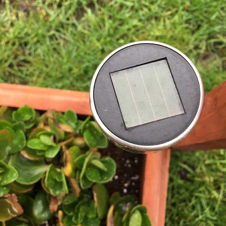 A napelemes lámpa használata -szolár panel