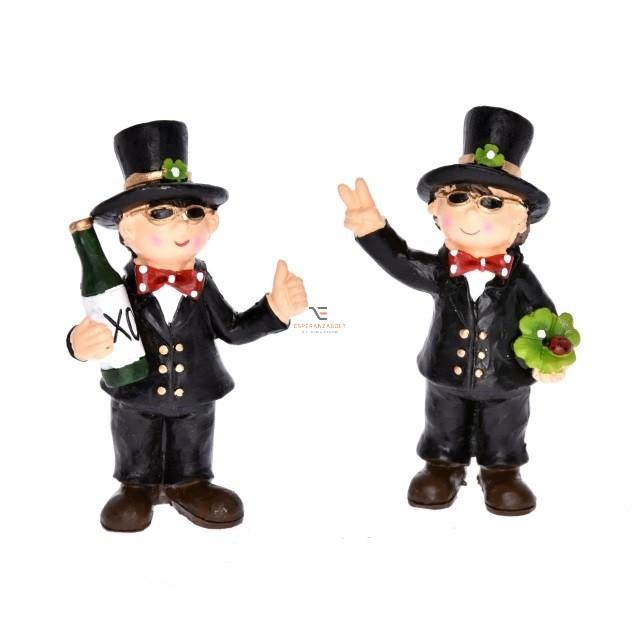 Kéményseprő álló pezsgővel/lóherével poly 5,5x3x9 fekete 2 féle karácsonyi figura